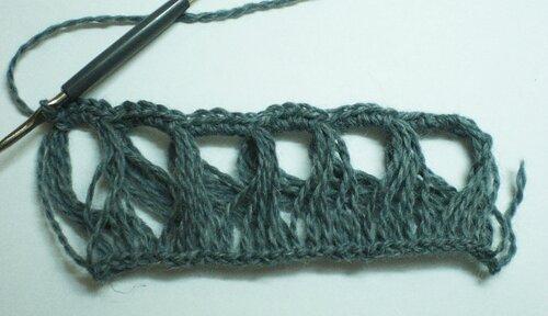 Ажурный шарфик, связанный на «вилке»
