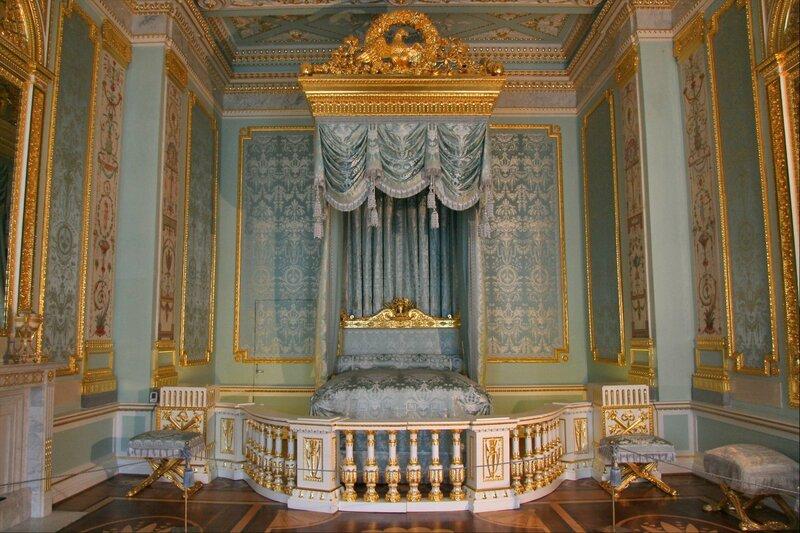 Гатчинский дворец, Парадная опочивальня
