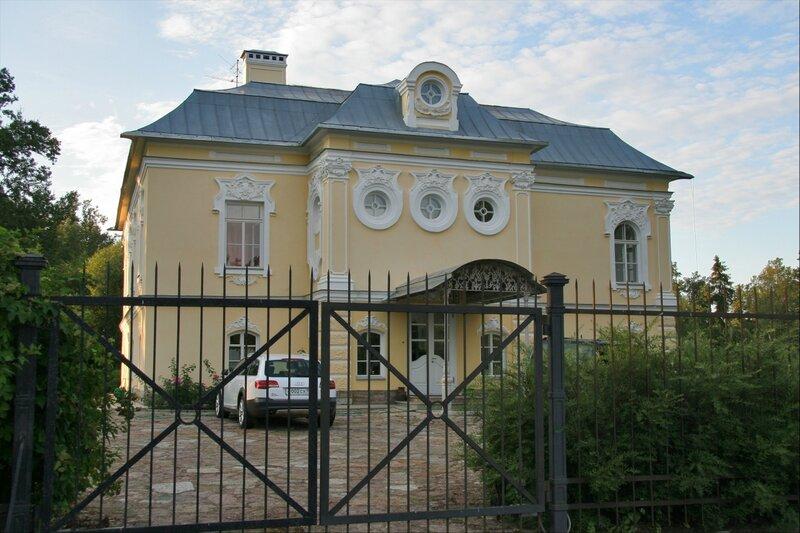 Павловск, дом К. П. Ротаста на Мариинской улице
