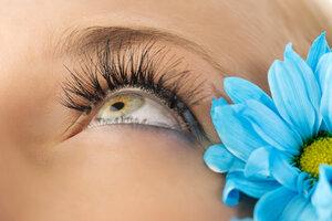 creative eyelashes