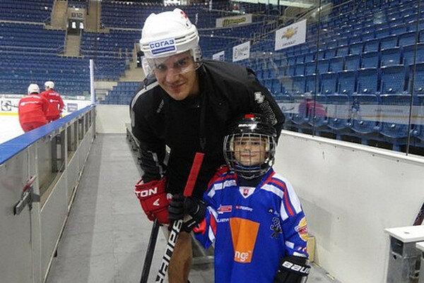 """Бранко Радивоевич и сын Лука. Тренировка """"Спартака"""""""