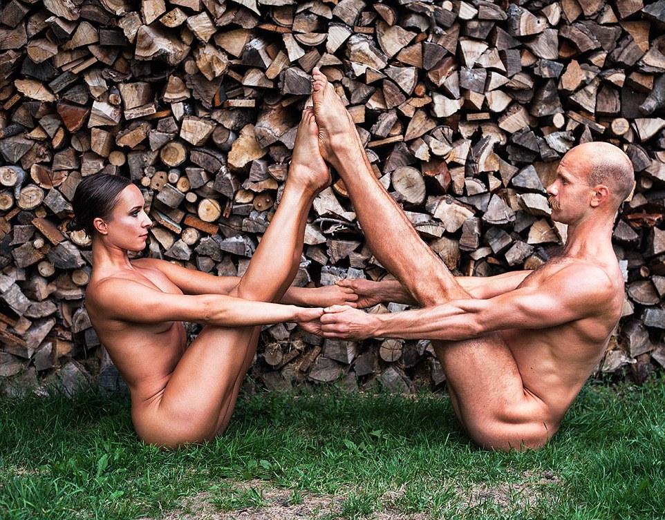 Польские звезды спорта разделись для календаря
