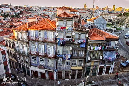 old house in Porto city center