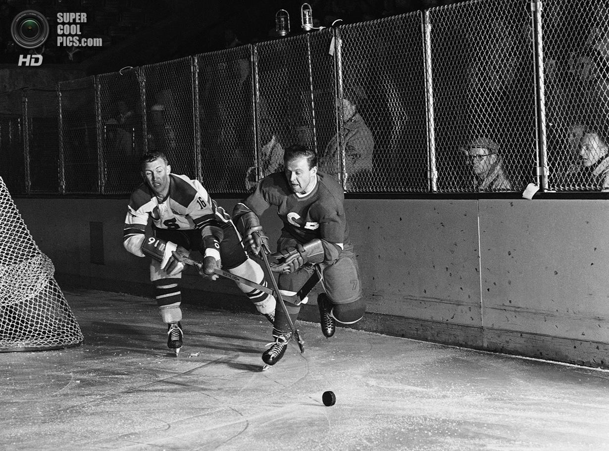 США. Скво-Вэлли, Калифорния. 19 февраля 1960 года. Уэлди Олсон из США и Мирослав Влах из Чехословаки