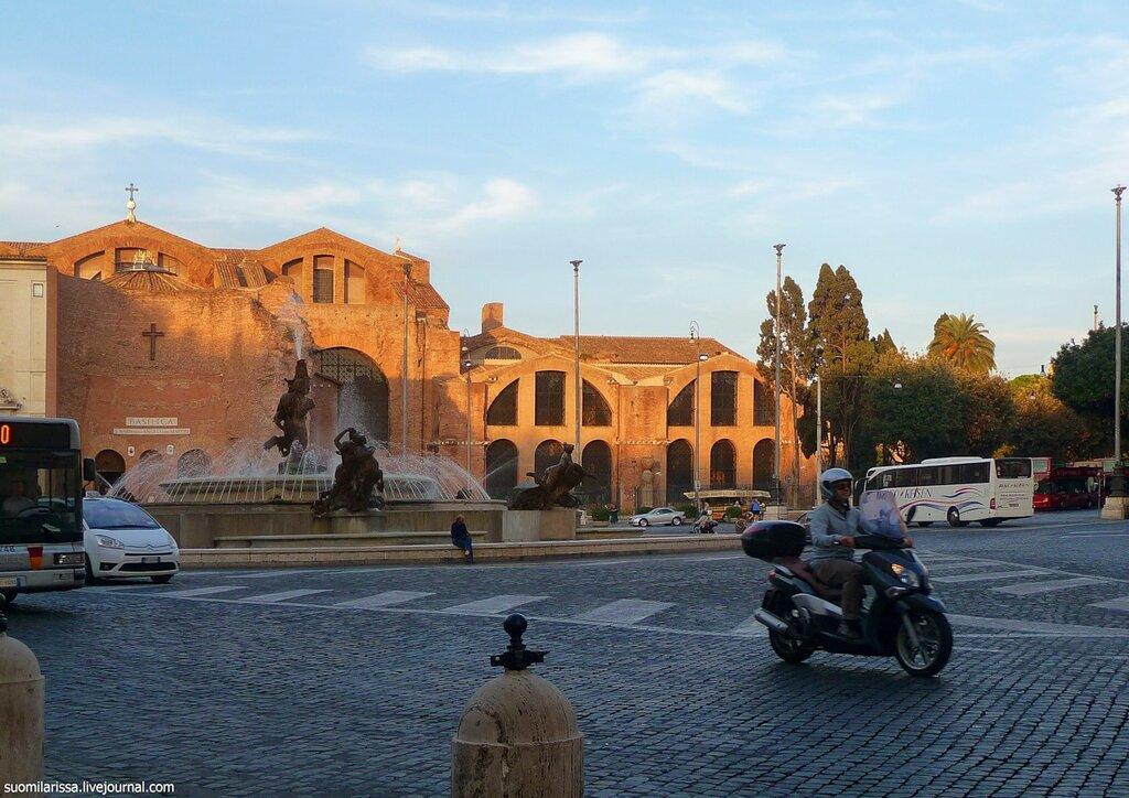 Термы Диоклетиана и церковь S. Maria degli Angeli.