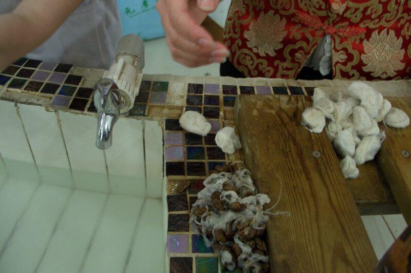 Умерщвление личинок, производство шелка, китайский шелк