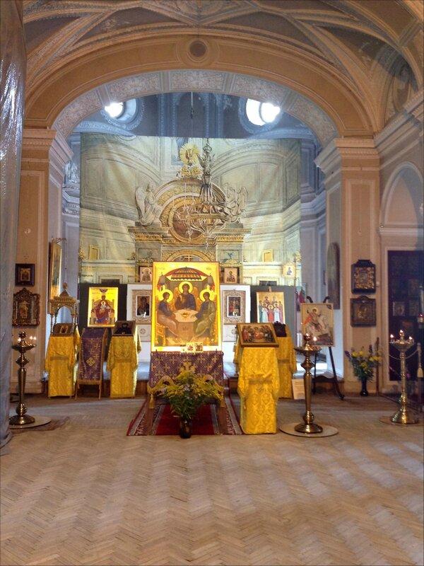Храм Пресвятой Живоначальной Троицы, Гатчинский дворец