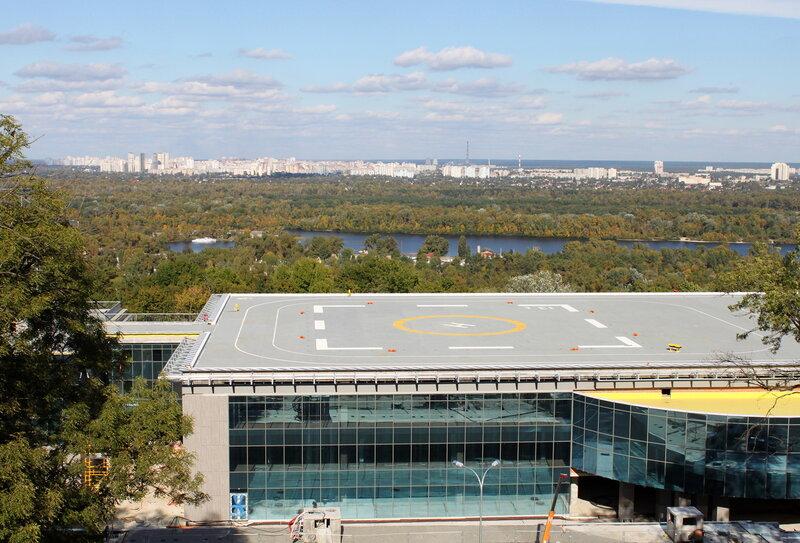 Вид с площадки обозрения Мариинского парка