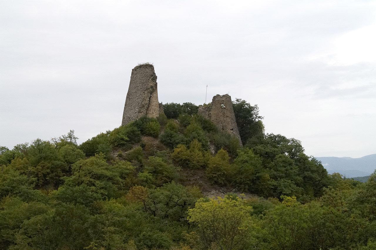 Руины древней крепости Уджарма