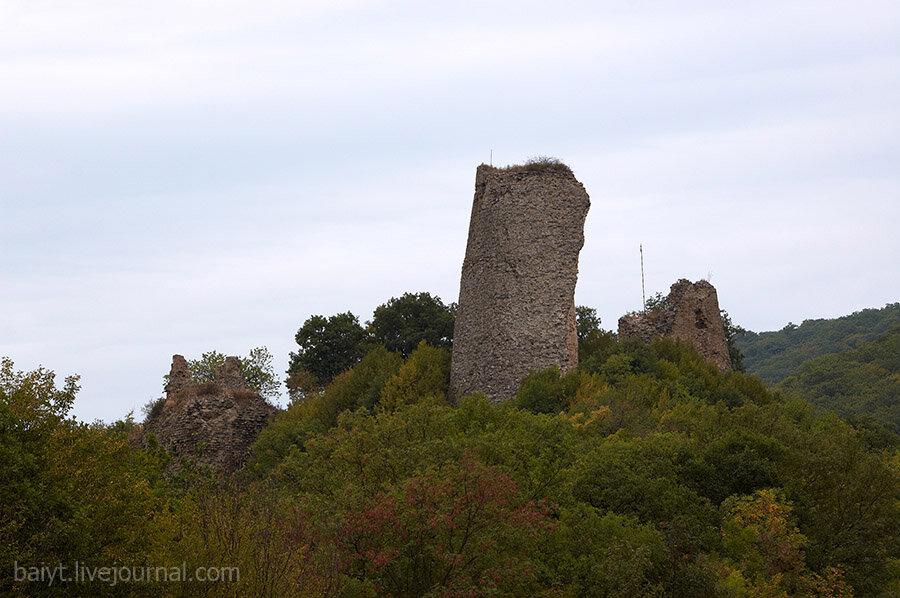 Руины крепости древней Уджарма