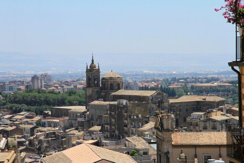 Сицилия, Кальтаджироне
