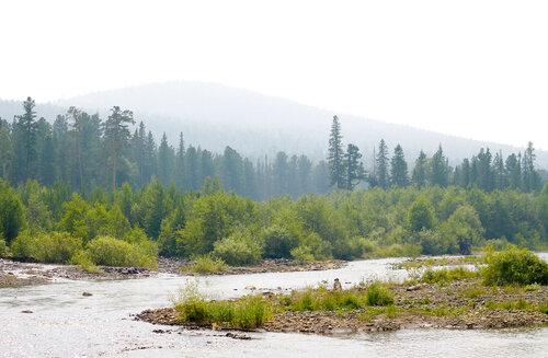 Река Лобва на фоне Казанского камня