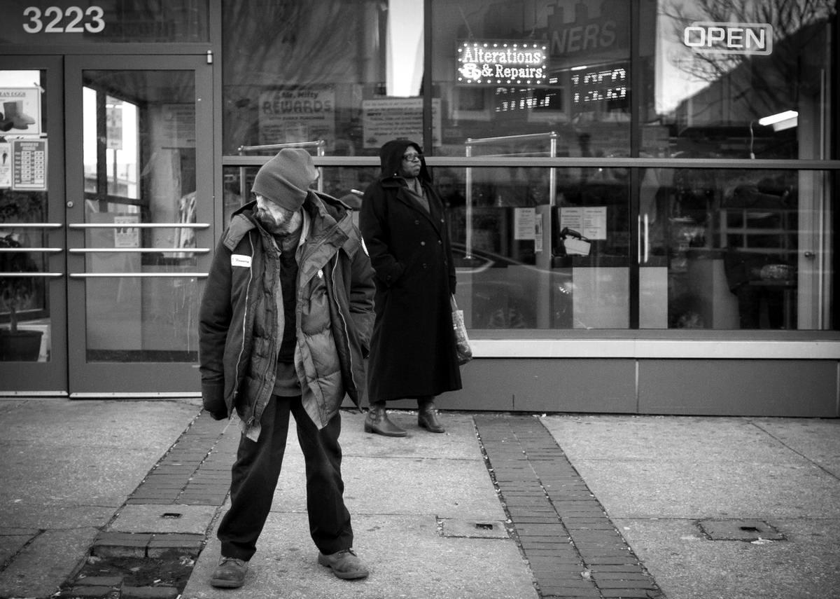 Неулыбчивая Америка: Черно-белая жизнь в бедных кварталах современного Балтимора (30)