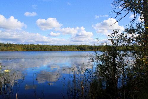 Озеро Карелии .