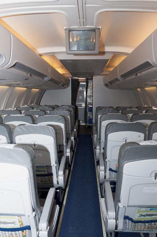 Boeing 757-230 (RA-73012) VIM Airlines DSC_4210