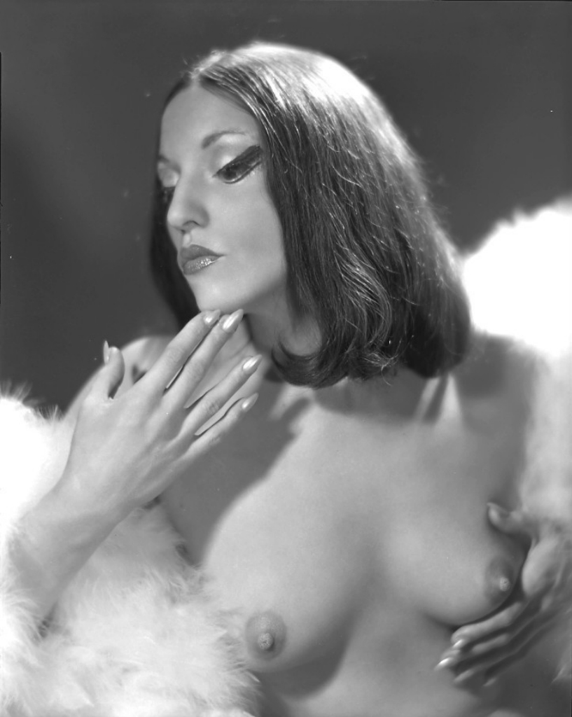 erotika-amerikanskaya-retro-grud