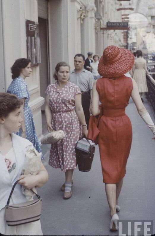 Французская мода в советской Москве.