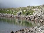 Берег Черного Муруджинского озера