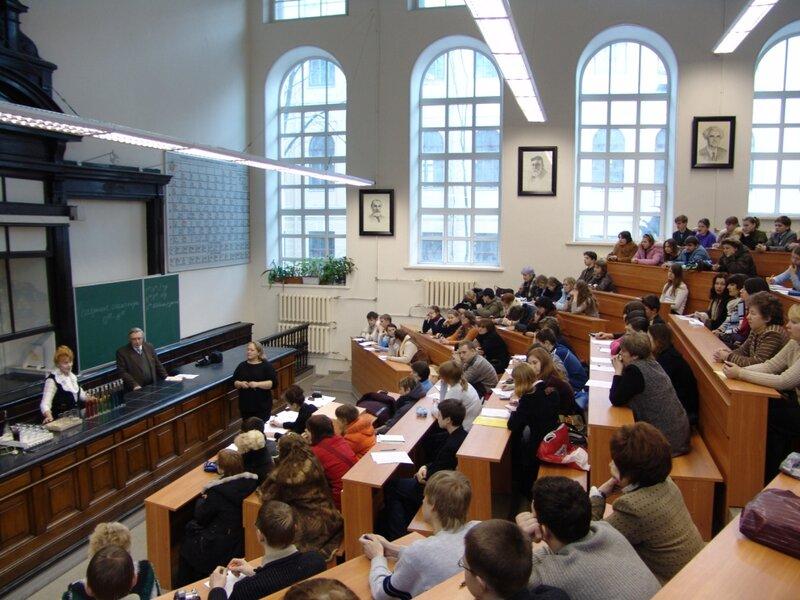 Какой смысл получать современное высшее образование?