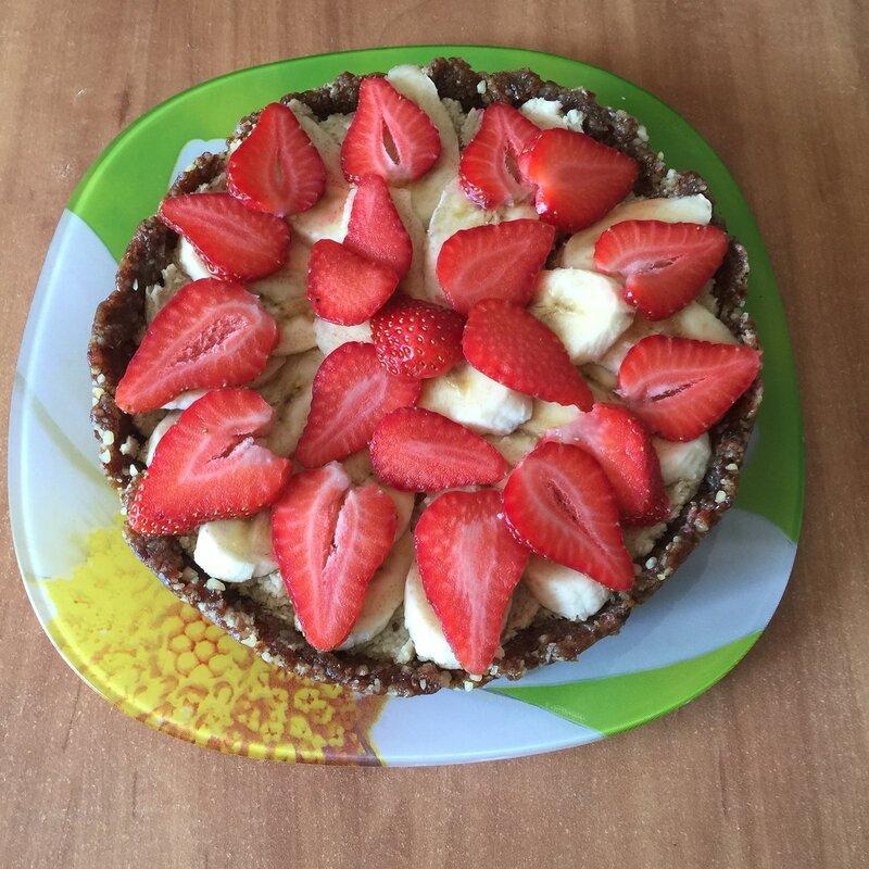 Пирог с бананами и кокосом без выпечки