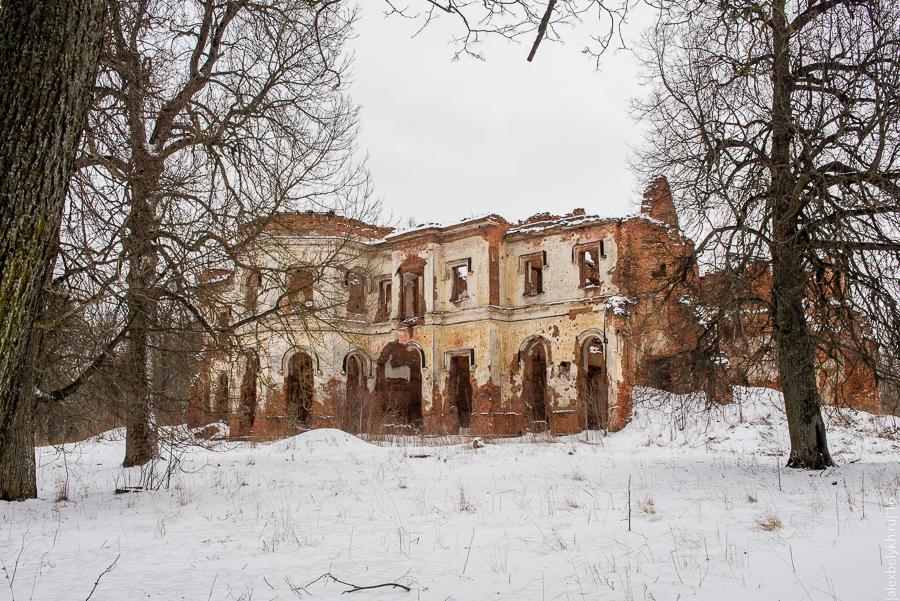 Усадьба Гостилицы
