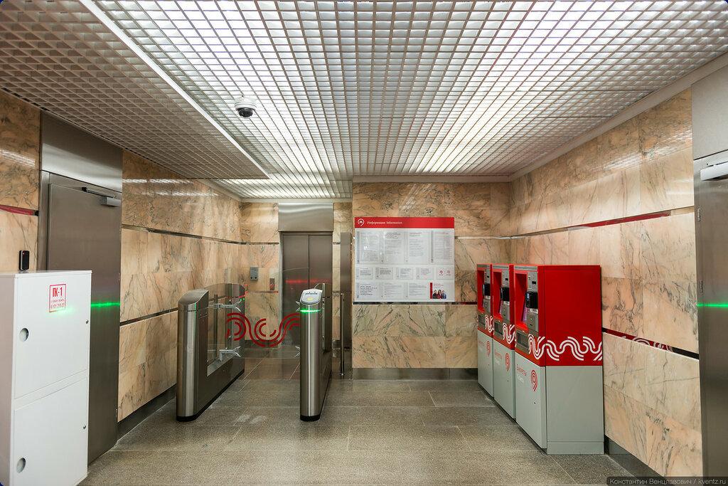 Тот самый скрытый лифт на платформу