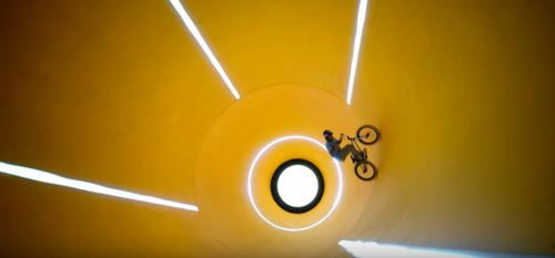 Трюки на велосипеде - экстремальный калейдоскоп