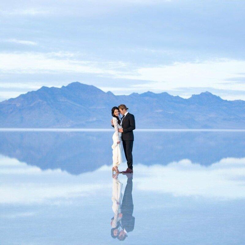 Молодожёны, гуляющие по воде. Красивая свадебная фотосессия 0 1cd5c3 191f65ed XL