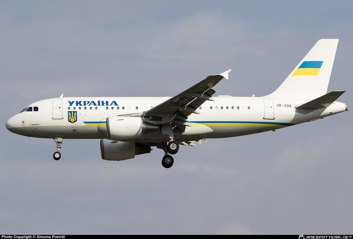 Иран. Президент Ирана Махмуд Ахмадинежад пользуется для полетов самолетом Airbus A321-231.