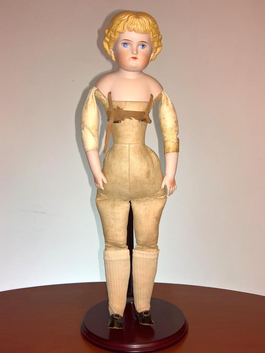 Антикварная немецкая коллекционная кукла Parian
