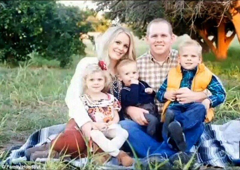 Американка забыла двухмесячного сына в тележке для продуктов