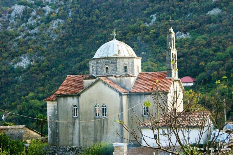 Церковь Св. Саввы в Морине