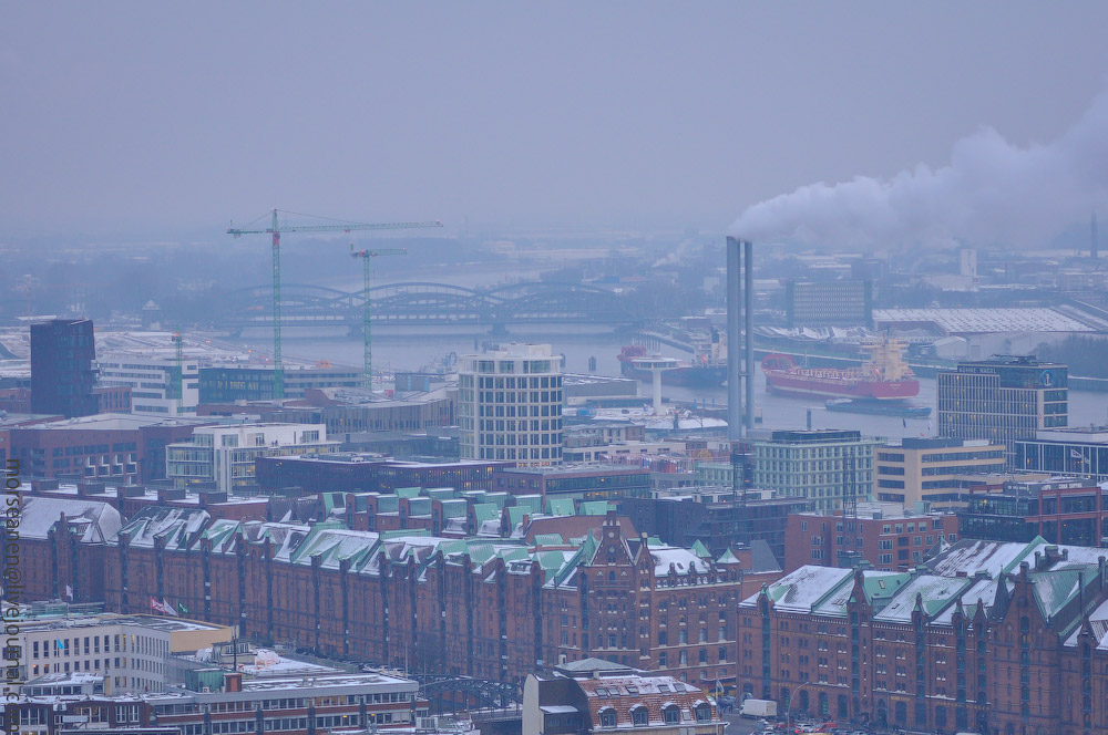 Hamburg-fom-the-Top-(28).jpg