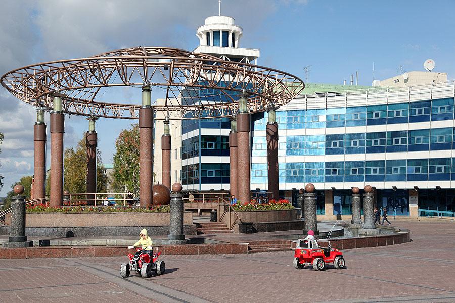 Какие еще города становились столицей России?