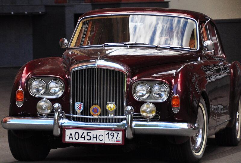 Женское ралли на ретро автомобилях
