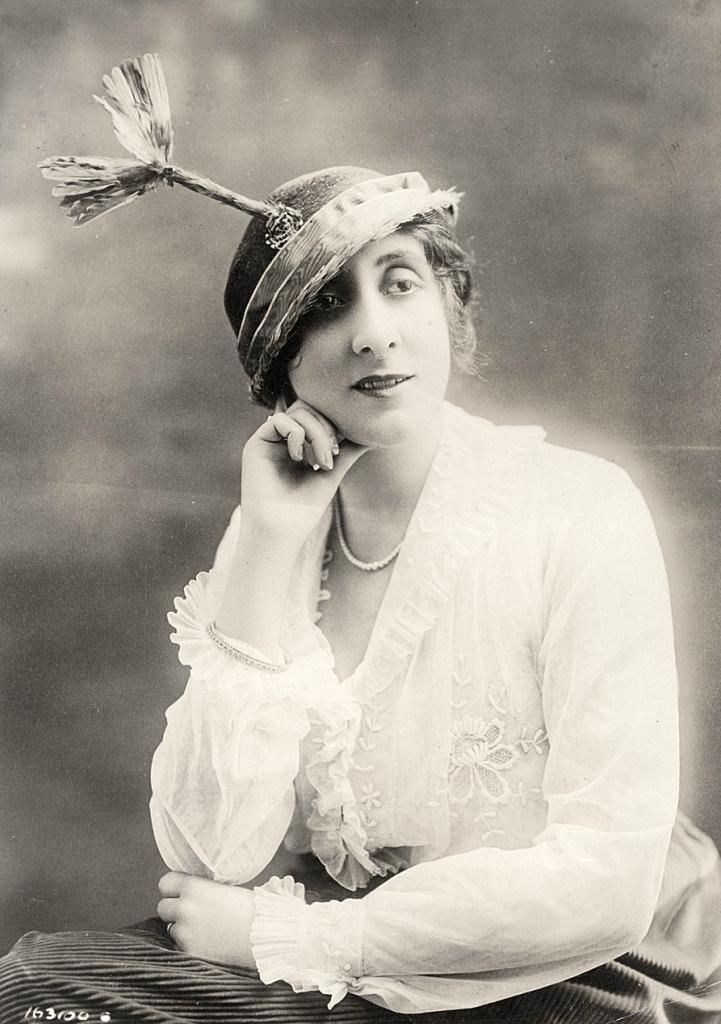0 6f5ac 16e2a545 orig Женские шляпки 1913   1915 годов