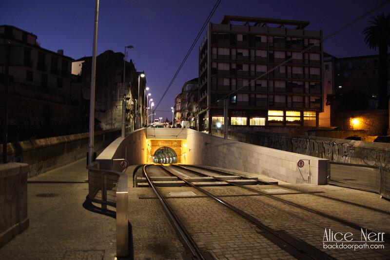 выход подземки на мост Дона Луиша I