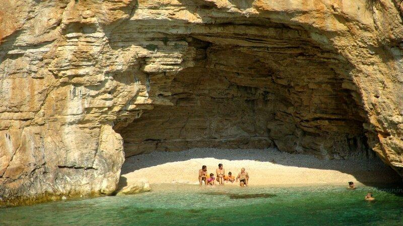 Приватный пляж