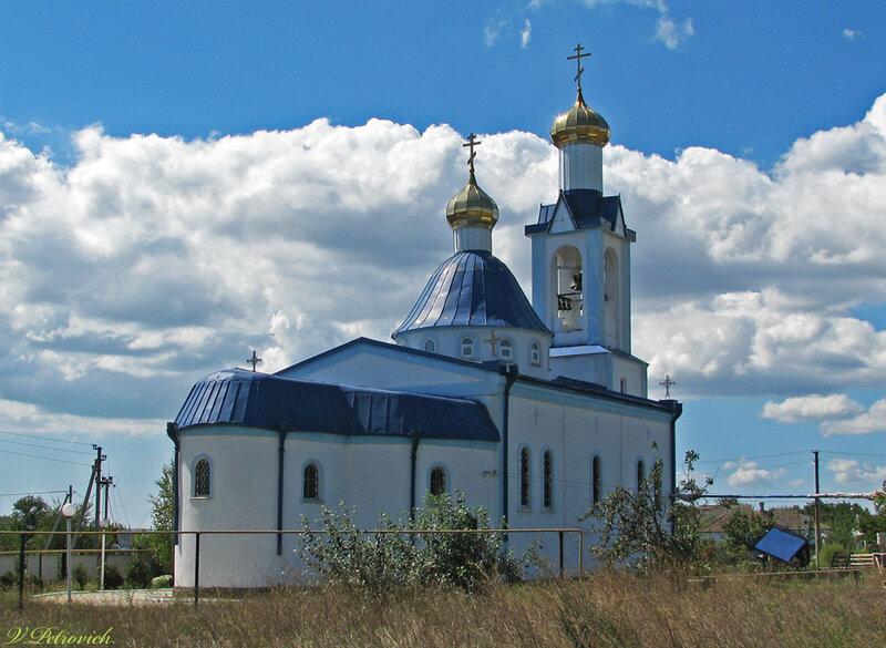 станица Старотитаровская. Успенская церковь в 2012 году