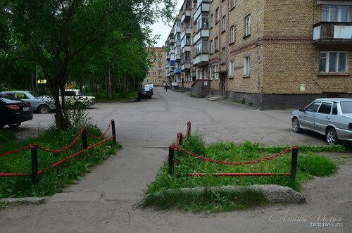 Фотография Инты №8076  Северо-восточный угол Воркутинской 2 02.07.2015_17:11
