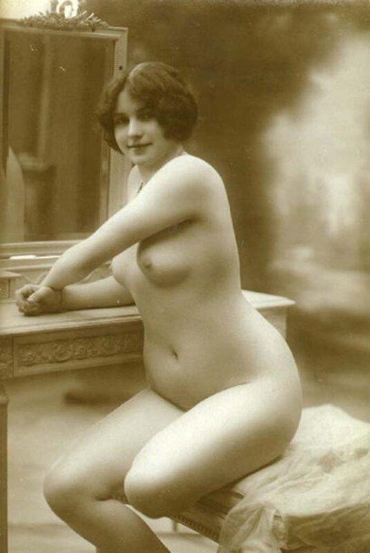 Женщина в теле, ретро красавица - Ретро картинки старые фото.