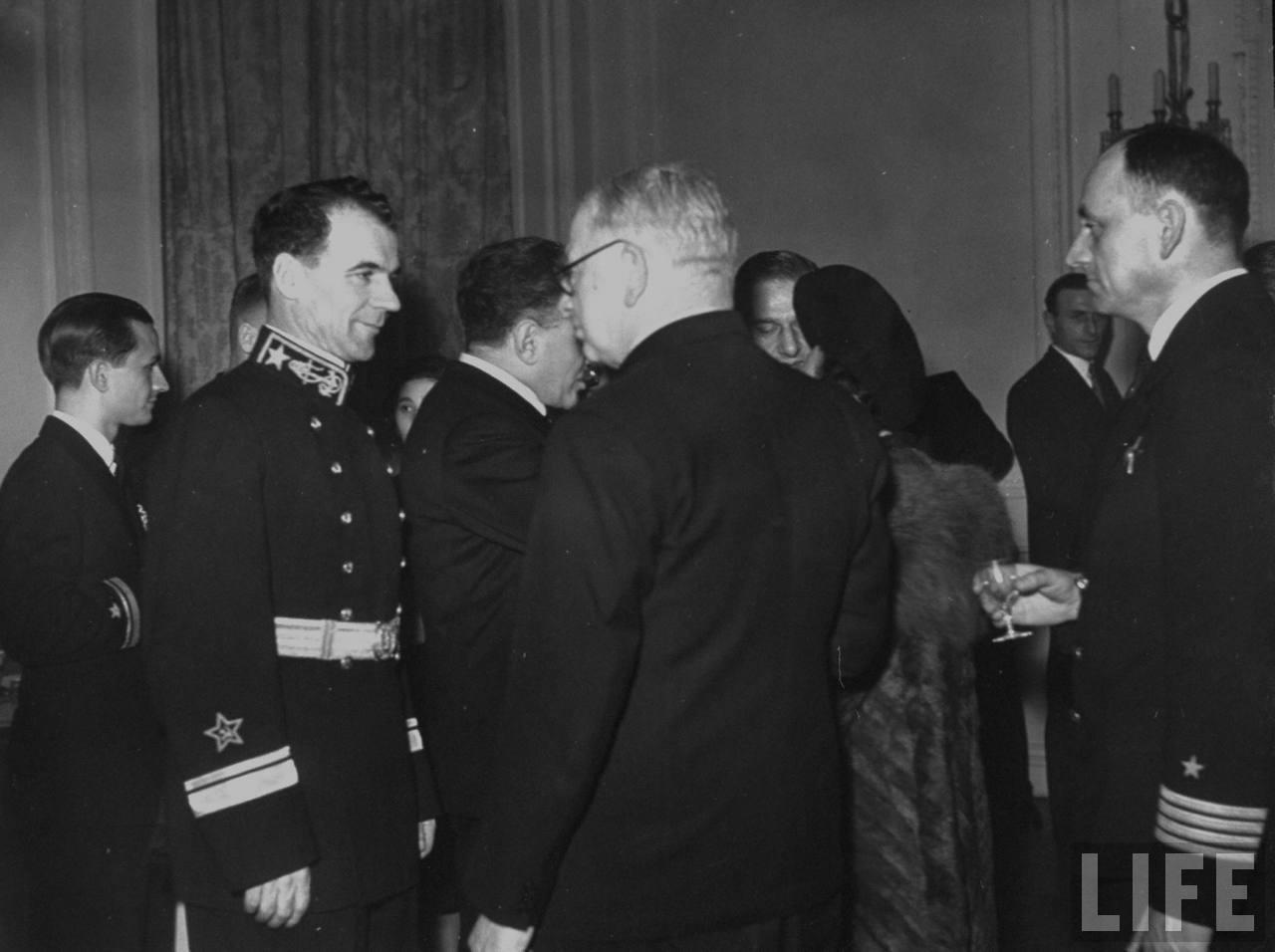 Русские сезоны в Англии 1942 года