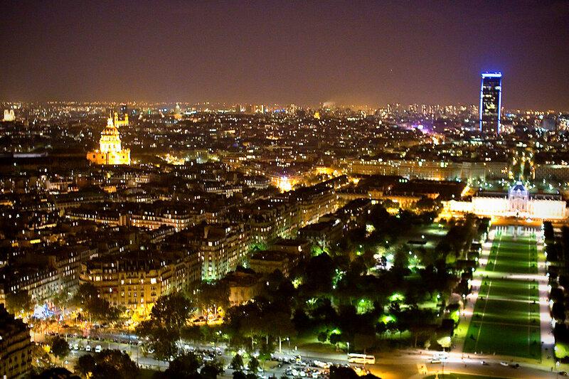 Париж - город огней