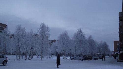 Фотография Инты №2191  Мира 31, 29 и 33 (мороз -15 и небольшой туман) 26.11.2012_13:26