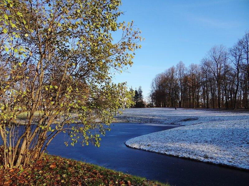 Осенью в Екатерининском парке