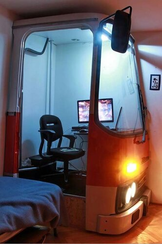 Офис из автобуса 2