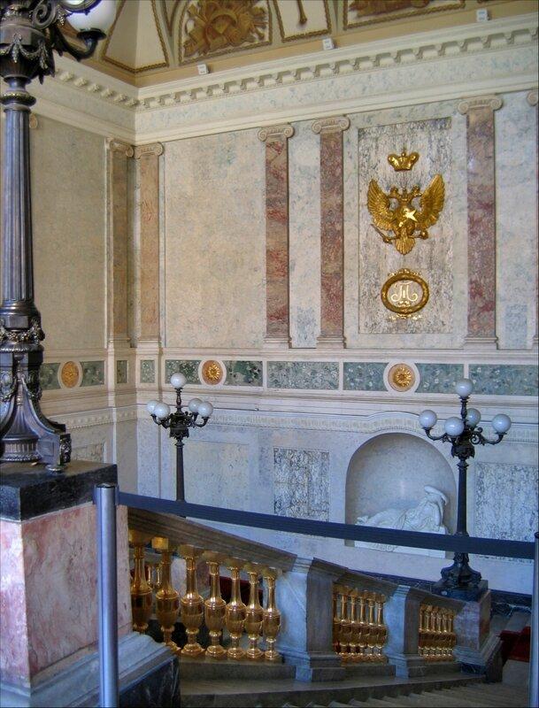 Михайловский замок, Парадная лестница