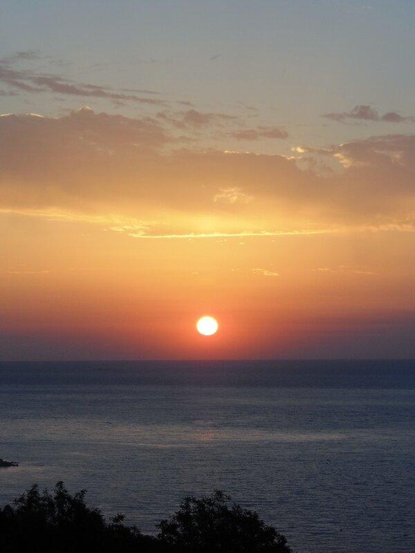 Осенью на Южном Берегу Крыма, утро