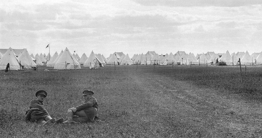 19_dvina_front_osinovo_1919_brit_field_camp_900.jpg