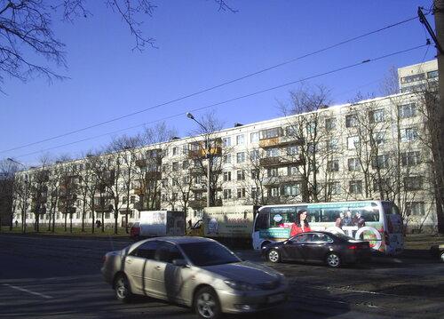 ул. Ленсовета 62к1